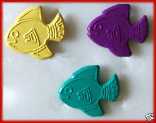 FISH 3 Colours 24 pk Metal Embellishments 16mm NEW Scrapbooking Cards 24 BRADS