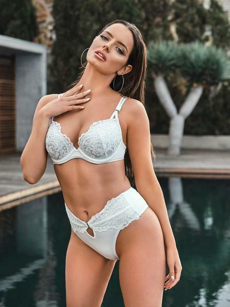 Ann Summers Farouchement Sexy Push Up Bikini Top, Blanc-tailles 32 - 38, A-g Bonnet
