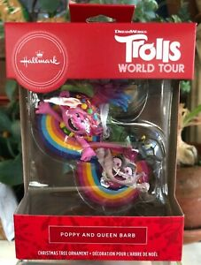 Christmas Queens Tour 2020 Hallmark Christmas Tree Ornament 2020 Poppy and Queen Barb TROLLS