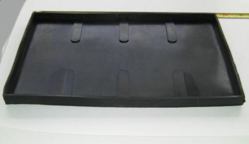 NITRILE RUBBER FOR ANTIVIBRATION OF SMALL BATTERIES. BATTERY TRAY
