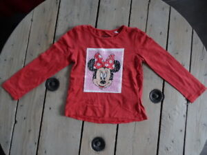 T-shirt-magique-Mickey-et-Minnie-manches-longues-rouge-clair-DISNEY-Taille-6-ans