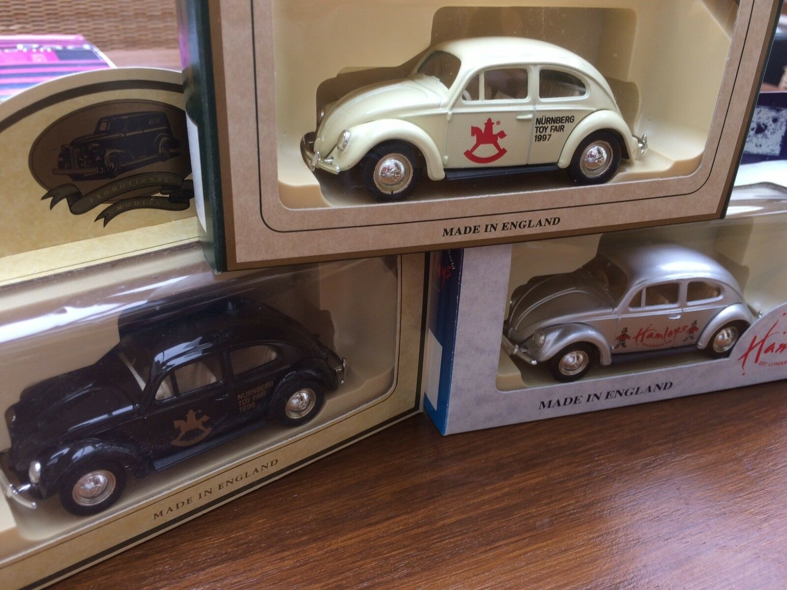 LLEDO DG72002 DG72003 DG72004 LP72-16A VW Beetle Nurnberg Toyfair Hamleys cars