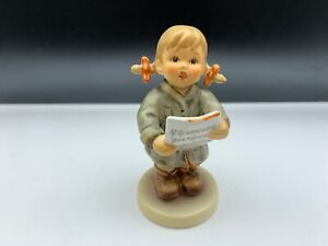Hummel-Figurine-2182-First-Solo-3-13-16in-1-Choice-Top-Condition