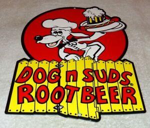 VINTAGE-DOG-N-SUDS-ROOT-BEER-12-034-BAKED-METAL-DINER-RESTAURANT-GASOLINE-OIL-SIGN