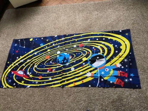 VAISSEAU SPATIAL COSMONAUTE planètes étoiles artisanat tissu matériau Remnant Couture piece
