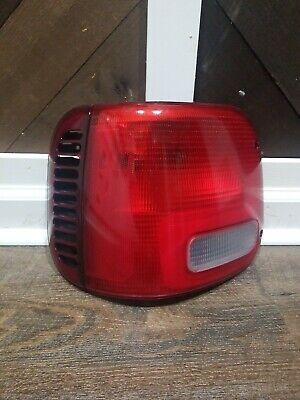 Halogen Tail Light For 2002-2006 Dodge Ram 1500 Left Clear /& Red Lens