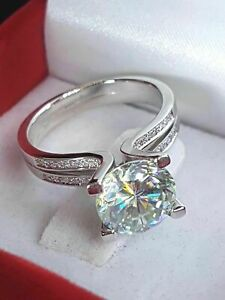 2.7Ct Brilliant Round White Moissanite Engagement Ring Gift For Her 925 Silver