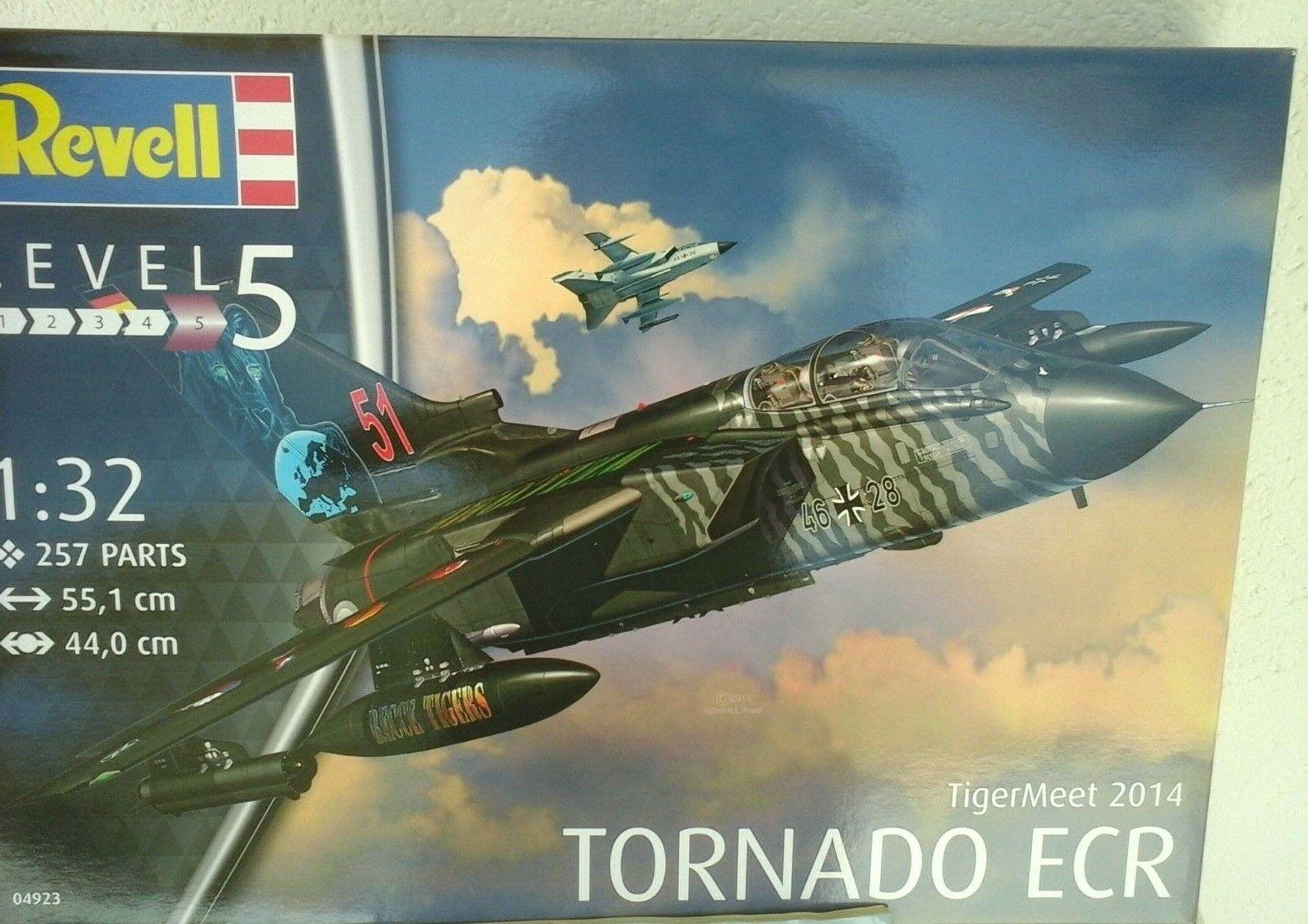 TORNADO ECR TIGER MEET 2014-1 32 SCALE REVELL MODEL