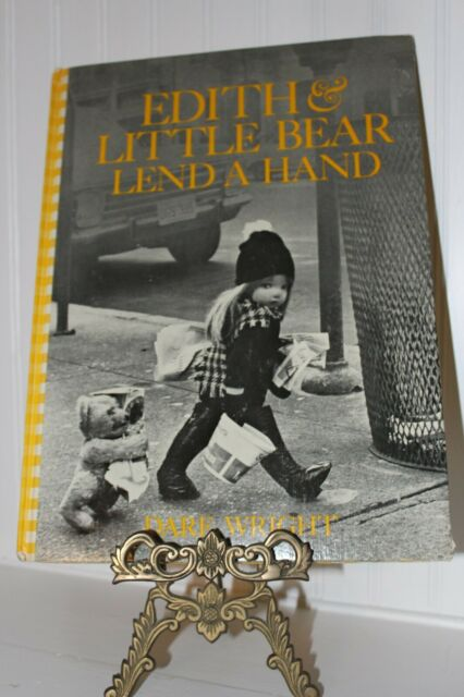 Edith & Little Bear Lend a Hand 1972  Hard Cover Excellent Condition