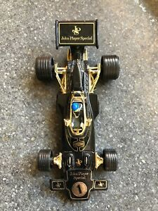 Corgi-toys-vintage-John-Player-Lotus-F1-grand-prix-racing-car-jouet-modele