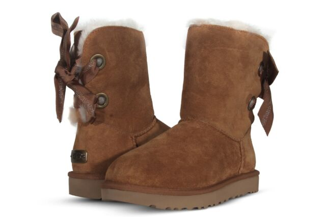 3860c1ee8ef UGG Womens BOOTS Customizable Bailey Bow Short Chestnut Size 10