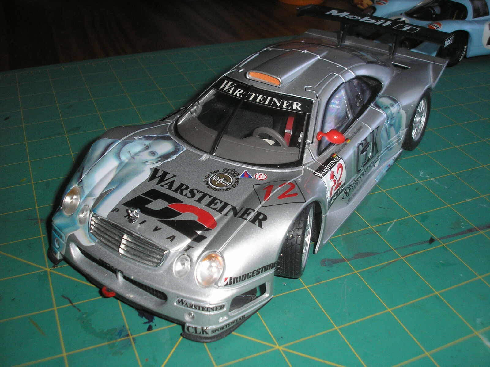 Vintage Mercedes Benz CLR-GTR Racer 1 18 Diecast CASE Affiche