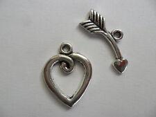 (13)  1 Stück Knebelverschluss Herz Verschluss Toggle Metall silberfarben Kette