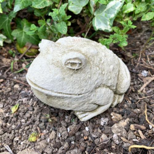 Small Baby Bullfrog Stone Outdoor Garden Lawn Patio Statue Ornament Sculpture