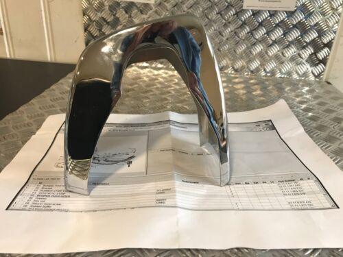 NUOVO orig BMW 2.5CS-3.0CSL PARAURTI Over-Rider i collegamenti 1810519 5111 1810519 B32A
