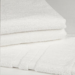 4 NEW WHITE HOTEL GRADE POLLY/COTTON HOTEL BATH TOWELS 24X48 11# PER DZ