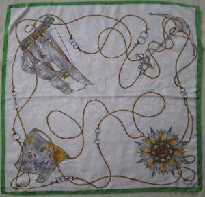 Superbe foulard GUCCI soie TBEG vintage scarf 84 x 88 cm   eBay 95a3338f83c