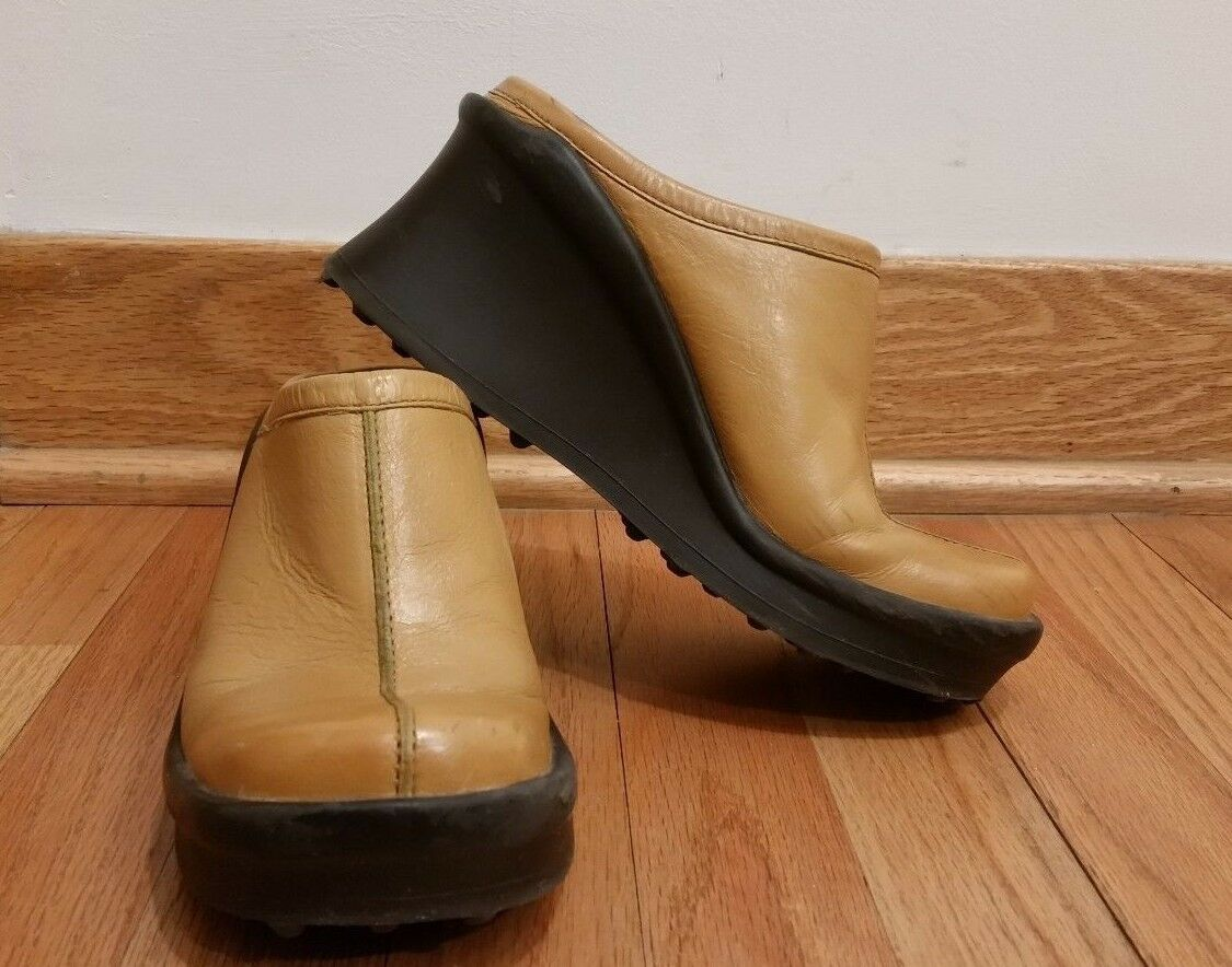 Vintage 90s ALDO Camel Genuine Leather Wedge Mules Size 7 USA VGUC