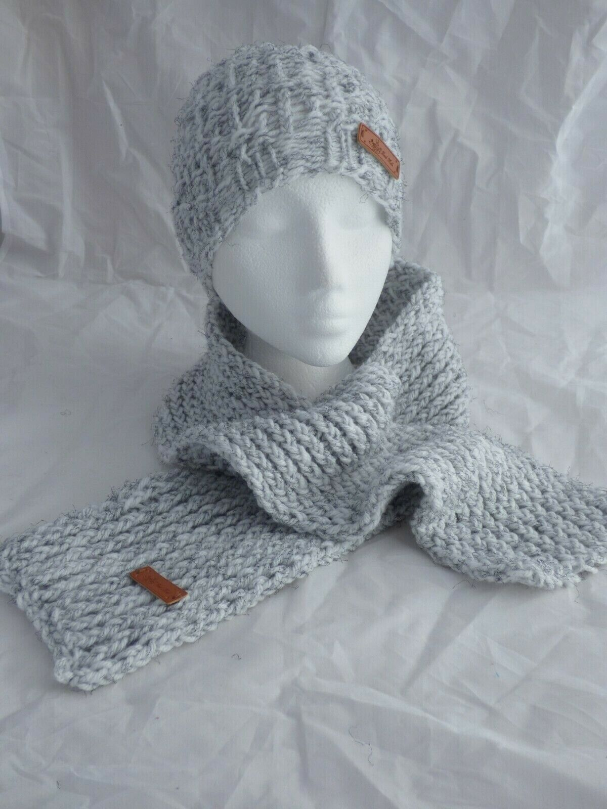 White & Grey Tweed Seersucker Beanie & Scarf Set -teen to Adult- hand made- New