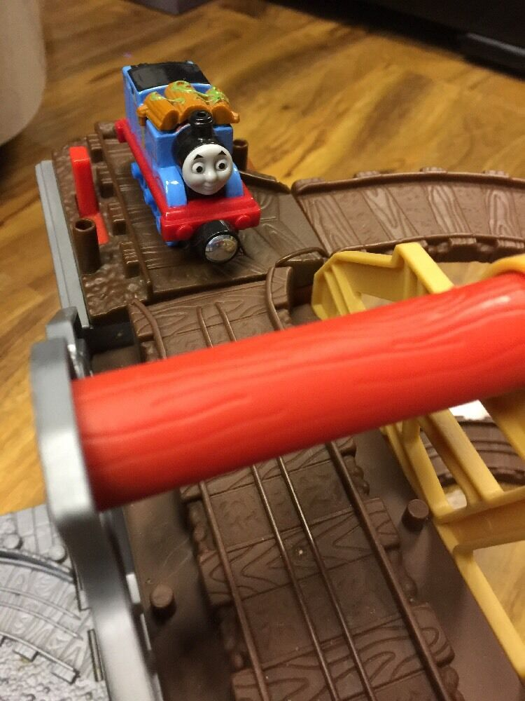 Thomas & Friends Take N Play Misty Island Set Set Set With 3 New Die Cast Engine be6bfd