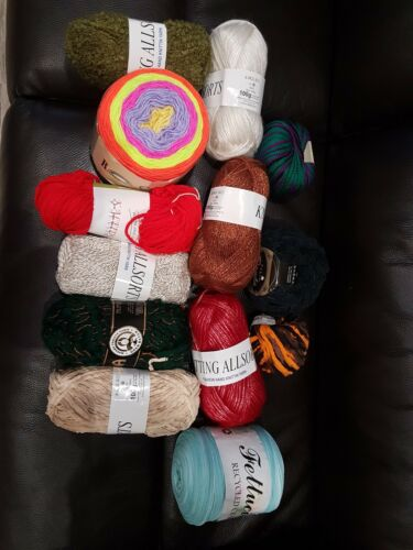 **BIG* BUNDLE KNITTING CROCHET WOOL//YARN BALLS 1000g RANDOM MIXED JOBLOT SECONDS