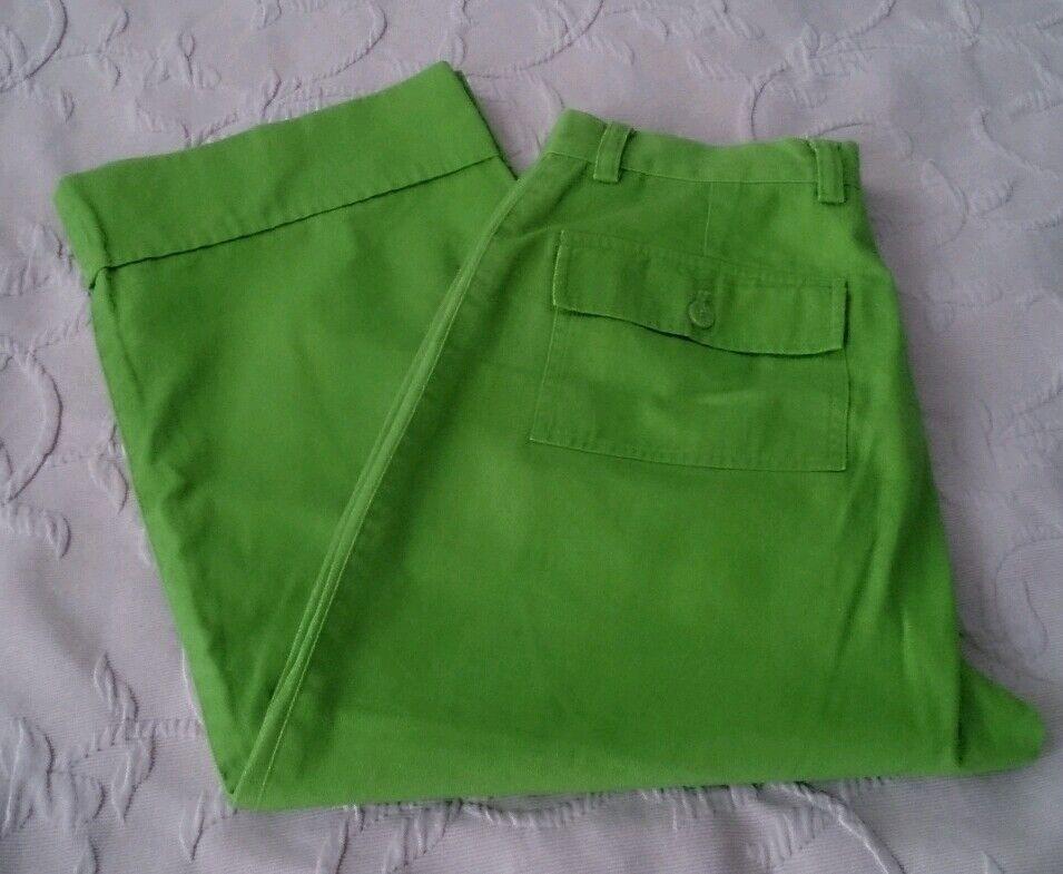 Casual Corner Capris pants womens size 6 cropped capri outdoor hiking green