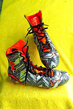 NEW W/O TAGS-UNDER ARMOUR FOOTBALL HIGHLIGHT MC CLUTCHFIT CLEATS, SZ. 9.5!