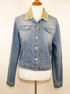 30a37b1a76f1 LEVIS Light Wash Blue Jean Denim Jacket Button Down Faux Fur Trim ...