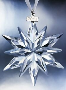 Swarovski-Crystal-2011-Annual-Collectors-Crystal-Snowflake-Ornament-BRAND-NEW