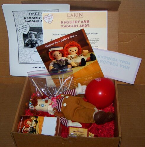 DAKIN SIGNATURE COLLECTION RAGGEDY ANN RAGGEDY ANDY MARKETING KIT W.SNITZNOODLE