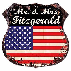 BPLU0390-America-Flag-MR-amp-MRS-FITZGERALD-Family-Name-Sign-Decor-Wedding-Gift
