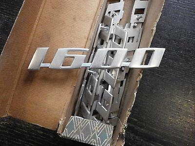 VW Bus T1 T2 und Typ3 Metallklemme Schriftzug Heckklappe Befestigung -063
