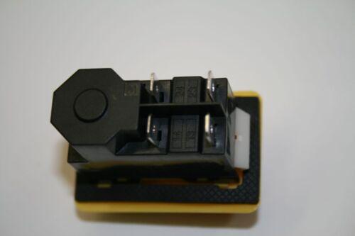 02 Unterspannugsauslöser Motorschalter Schalter Einbaugeräteschalter KB-01-T