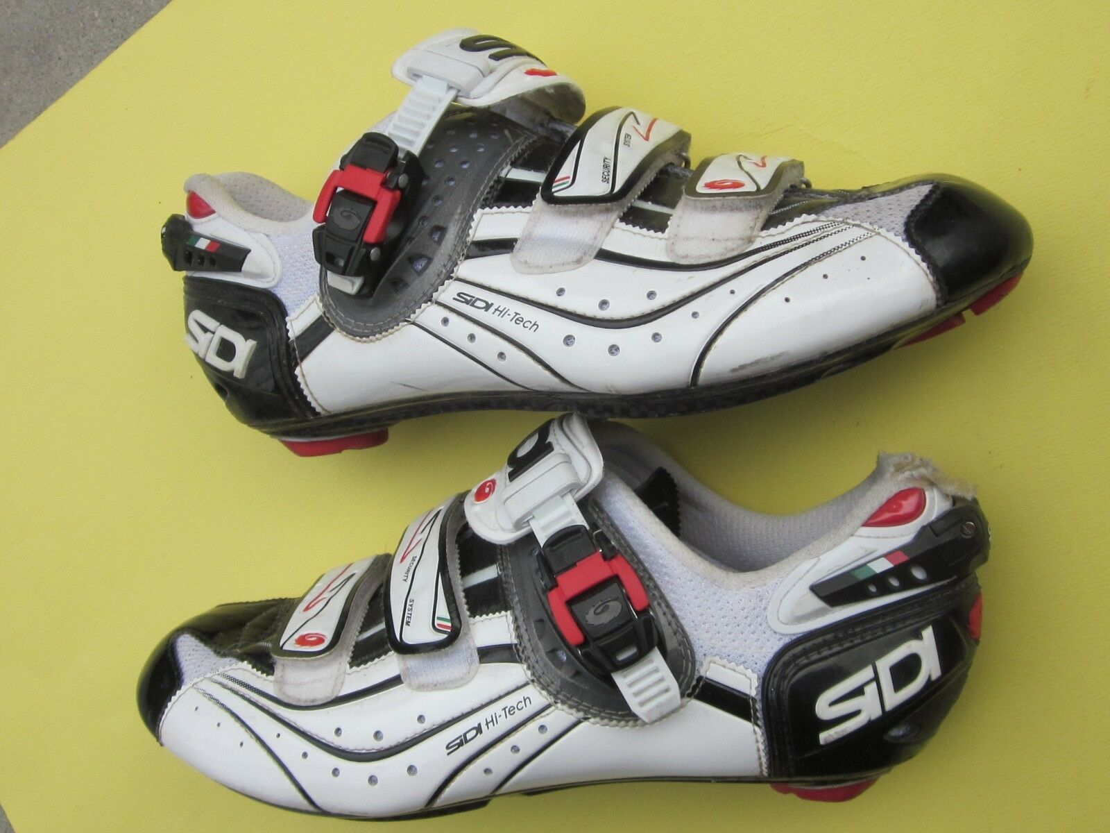 Sidi Genius 6.6 Carbon Vent 3-bolt, Mega 42 Euro   US 8.5, Blk white road shoe