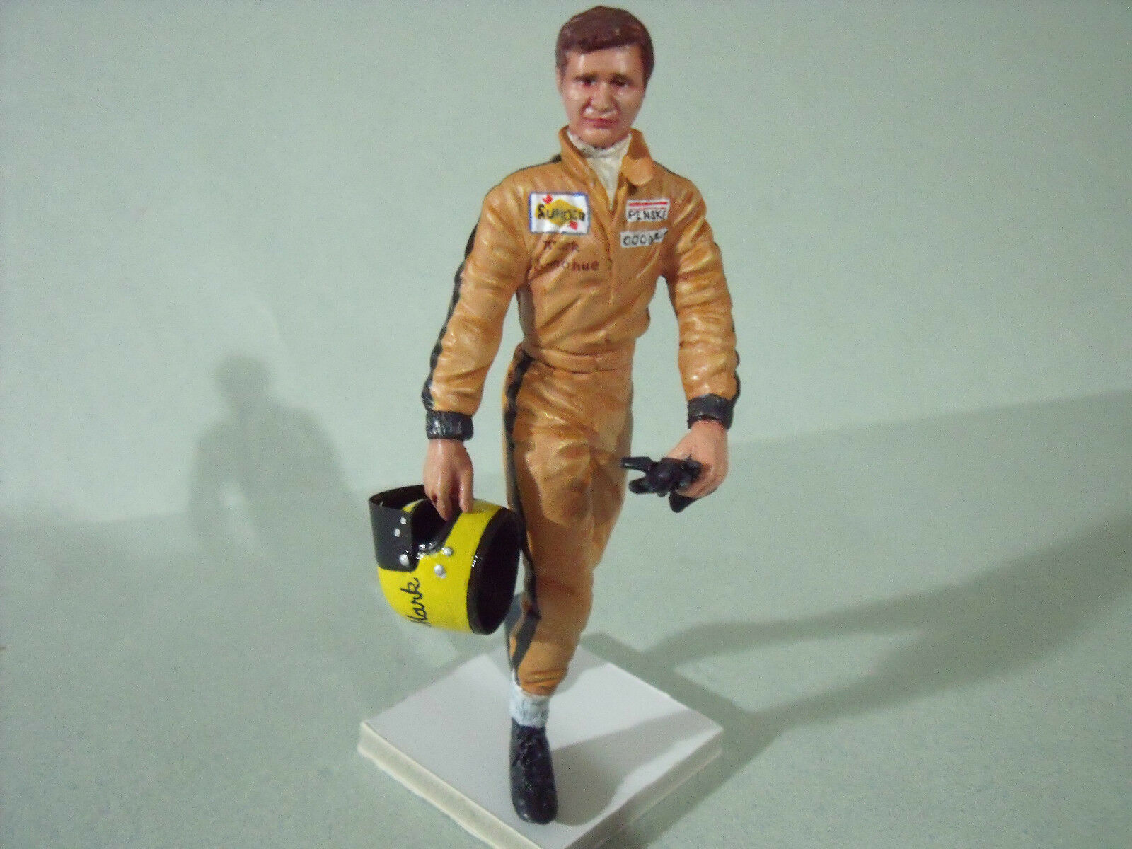 1 18  FIGURE  MARK  DONOHUE  PAINTED  BY   VROOM   FOR  MINICHAMPS  EXOTO  SPARK