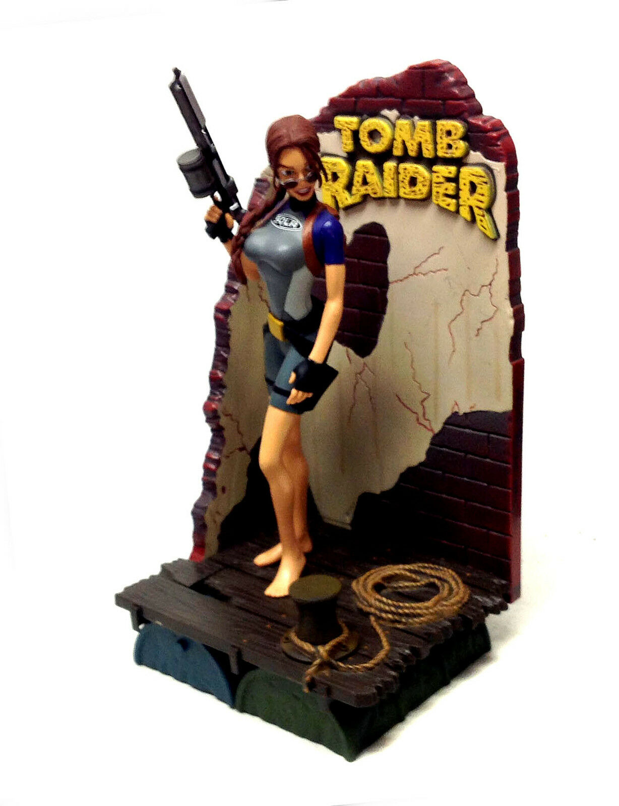 LARA CROFT TOMB RAIDER 10  tall Video Game Figure on base ps3 ps1 xbox