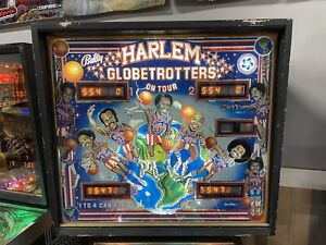 BALLY 1979 HARLEM GLOBETROTTERS PINBALL MACHINE LEDS PLAYS GREAT
