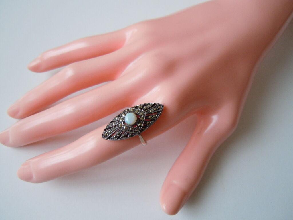 Bildschöner 925 Sterling silver Ring mit Markasiten & Edelopal Gr 55   5,4 g