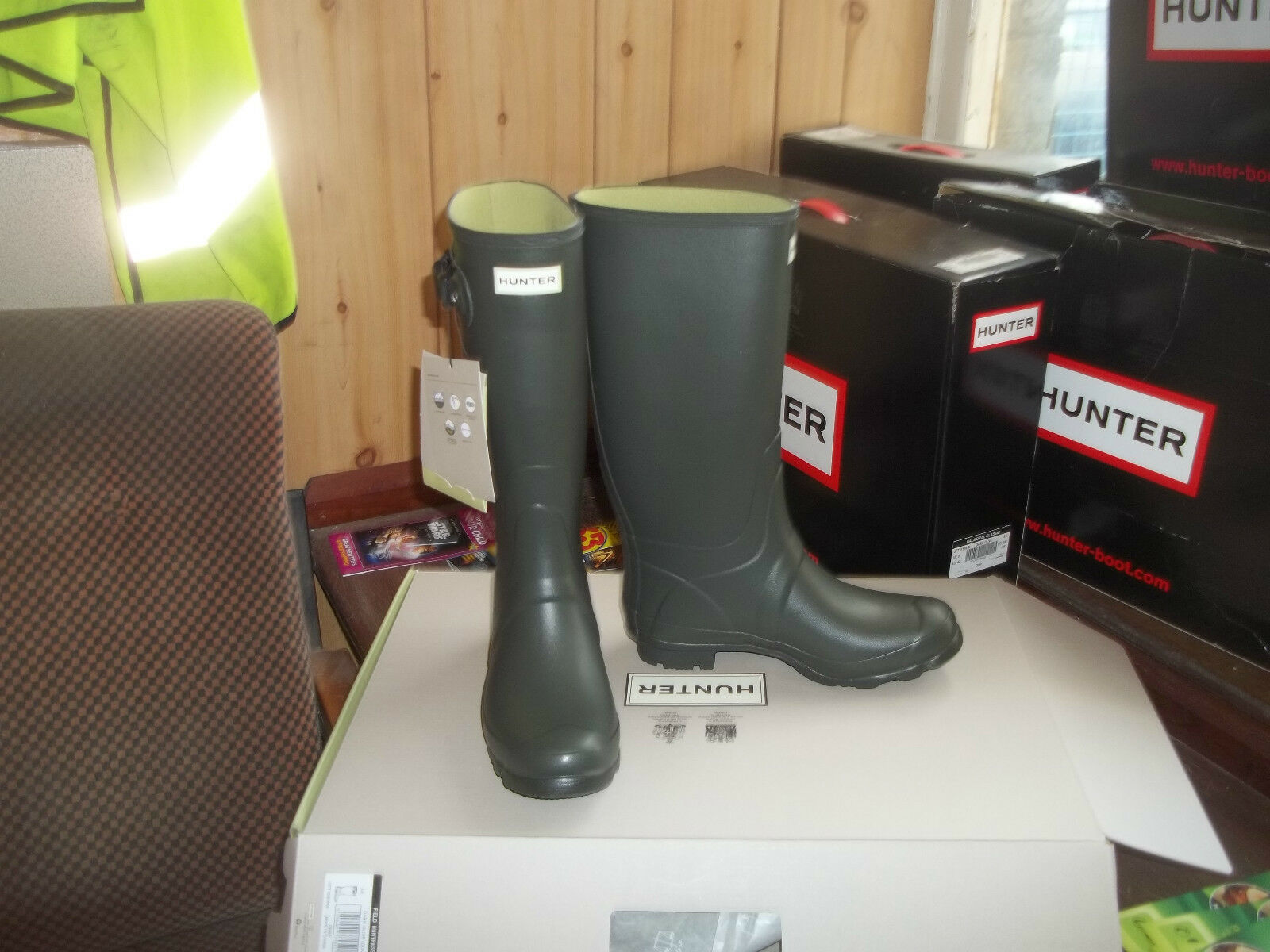 HUNTRESS WELLIES WELLINGTONS  IN HALIFAX SIZE 5  GREEN
