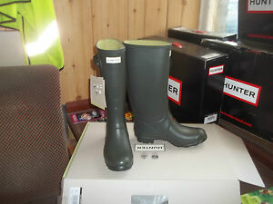 differently variety design release info on Details about HUNTRESS WELLIES WELLINGTONS IN HALIFAX SIZE 5 GREEN Womens