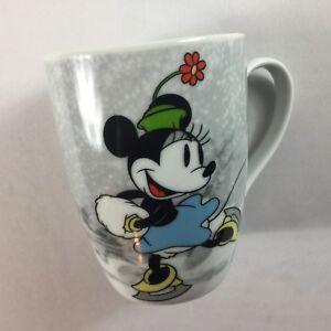Disney-Minnie-Mouse-Coffee-Mug-Cup-Ice-Skating-Winter-Skate-Happy-Mistletoe-Tea