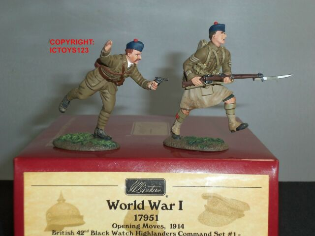 BRITAINS 17951 BRITISH 42ND BLACKWATCH HIGHLANDERS TOY SOLDIER COMMAND SET