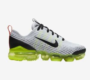 huge selection of 51775 4d798 Details about Nike Air VaporMax Flyknit 3 Q5238100 White Black Volt Crimson  Boys