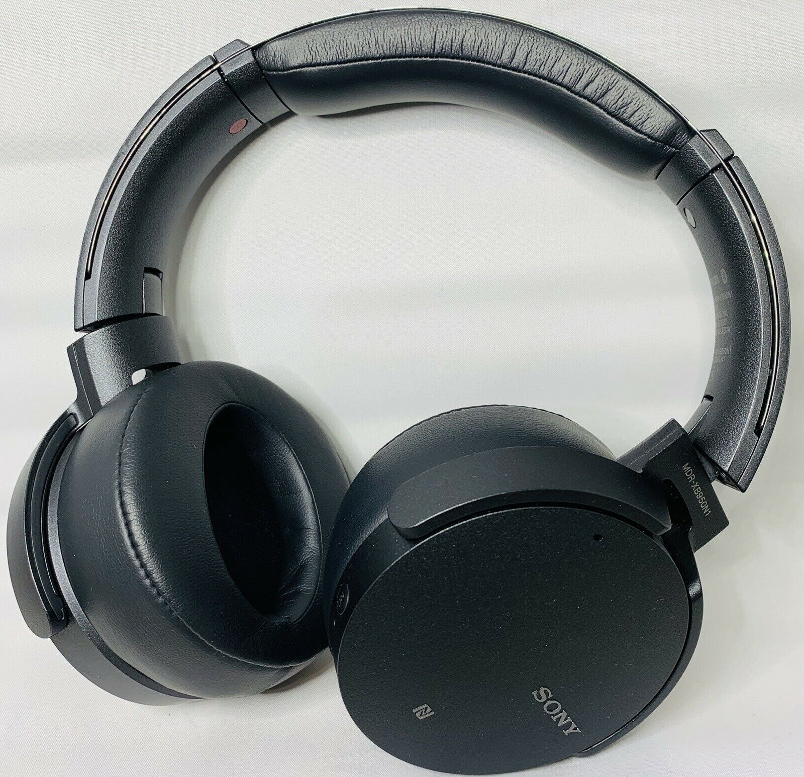 Sony Extra Bass Over-Ear Headphones - Black (MDR-XB950N1)