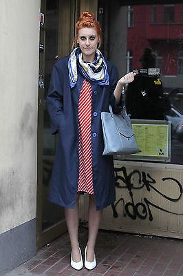 Veb Ritrovo Modelli Berlino Cappotto Da Donna Coat Blu Blue 70er True Vintage 70´s Women-mostra Il Titolo Originale Assicurare Anni Di Servizio Senza Problemi