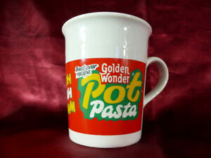 Golden-Wonder-POT-PASTA-CERAMIC-MUG-Noodle-10cm-x-8-5cm-Novelty-Retro-Kitsch