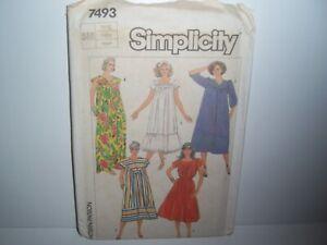 Vtg-Simplicity-Pattern-7493-Caftan-MuuMuu-Side-Pocket-Lounge-Pullover-Dress-Sm