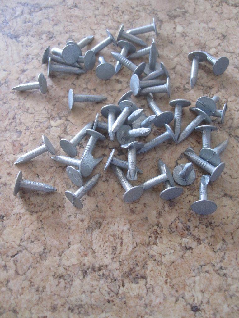 Dachpappstifte 1 kg Schiefernägel Stifte Schindeln Dachpappe Nägel Pappnägel