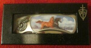 7-1-4-034-3D-HOLOGRAM-HORSE-FOLDING-KNIFE-WITH-GIFT-BOX-NIB