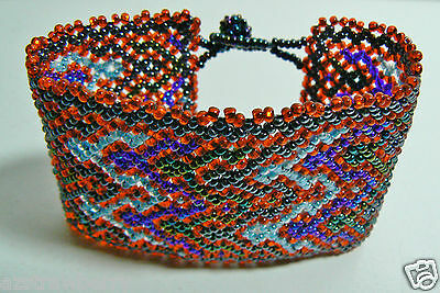 Small Glass Beads Hand Crafted Wide Red & Blue Pattern bracelet w buttons